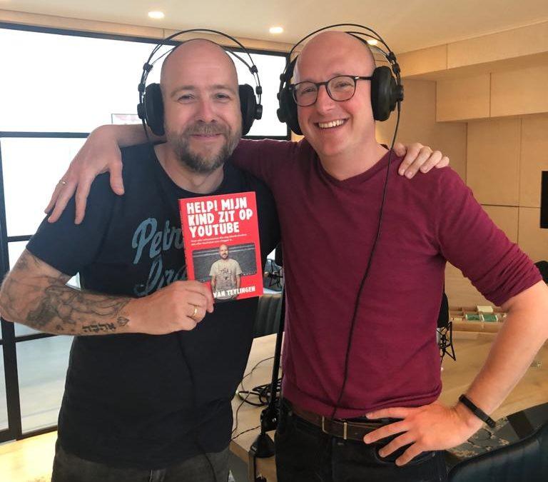 """Aflevering 17 – Interview – Bas van Teylingen over zijn boek """"Help! Mijn kind zit op Youtube"""", ondernemen en nog veel meer"""
