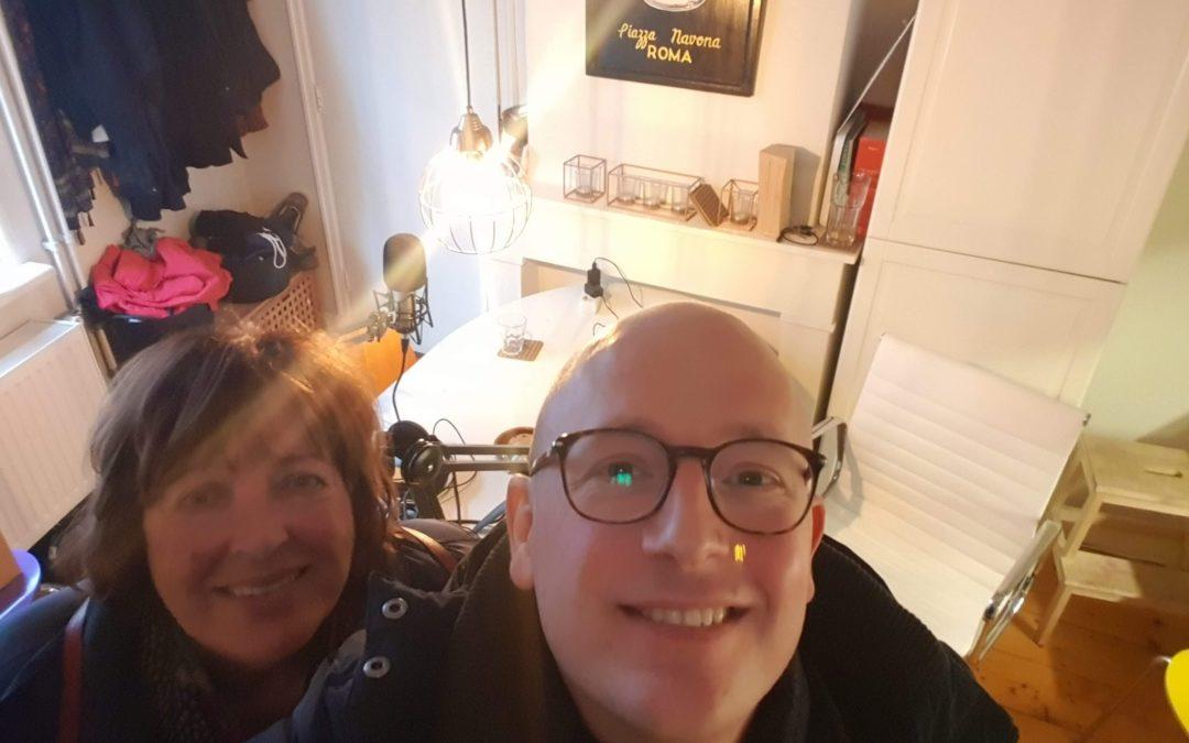Aflevering 21 – Interview – Mickey Bosschert, oprichter Reliplan over nieuwsgierigheid, intuïtie en een angstaanjagend klooster in België